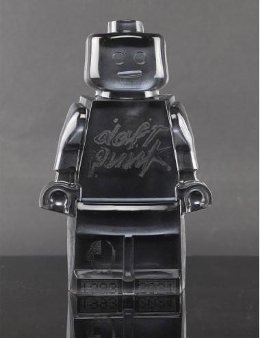 Roboclusion Daft Punk black